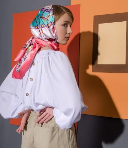 Рубашка-разлетайка с пуговицами на спинке