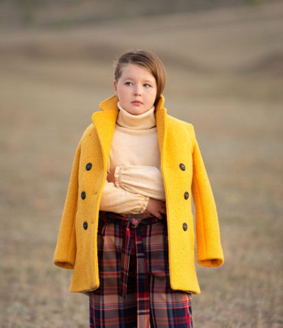 Пальто из буклированной шерсти желтое