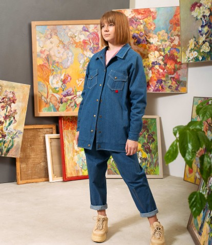 Джинсовая оверсайз-куртка с принтом в синем цвете